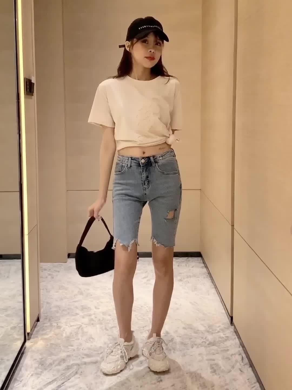 實拍現貨2020夏裝新款短袖寬松T恤女立體卡通圓領打底衫牛仔短褲